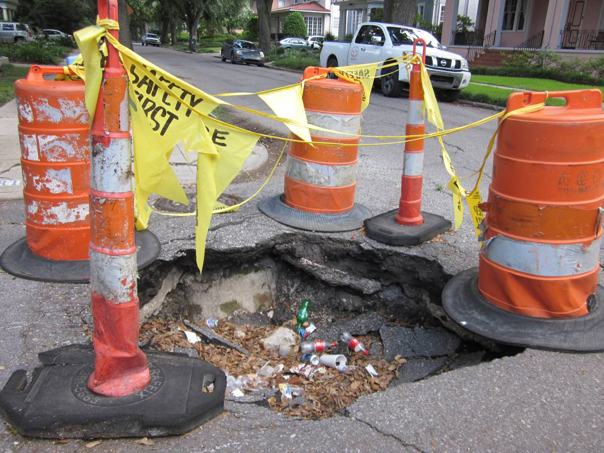 Road Surface Treatments Association gets stuck into National Pothole Day