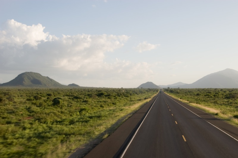 Kenya applies to AfDB for rehabilitation of the Uganda - Kenya roads project tender