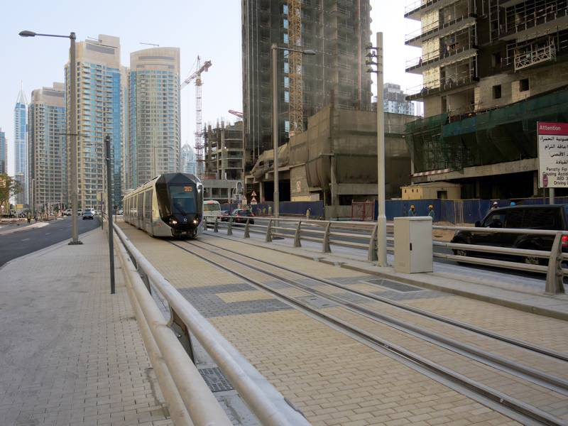 Lightrail at Dubai Marina