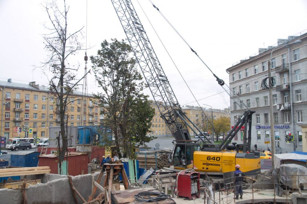 Sennebogen 640 HD Crane in St Petersburg