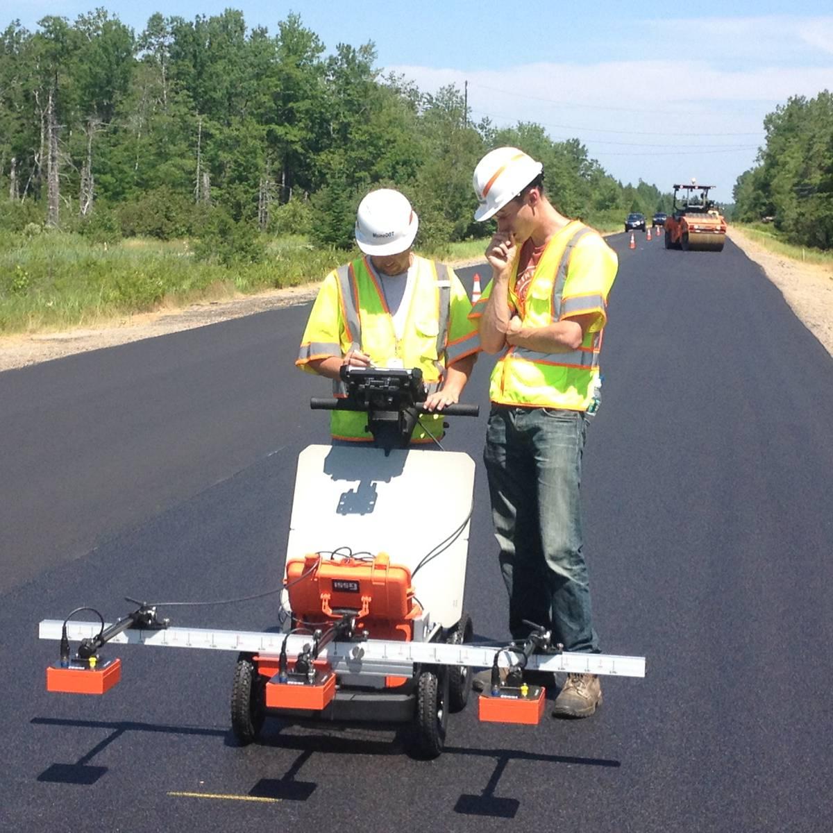 New radio-wave technology assesses asphalt integrity