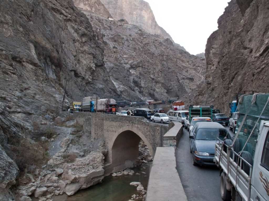 Girdlock on the Kabul Jalalabad Highway Photo by Peretz Partensky