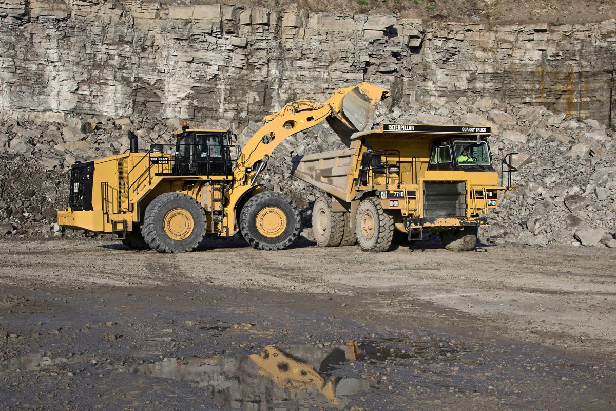 New Cat 986K Wheel Loader deliverssignificant lower cost-per-ton operation