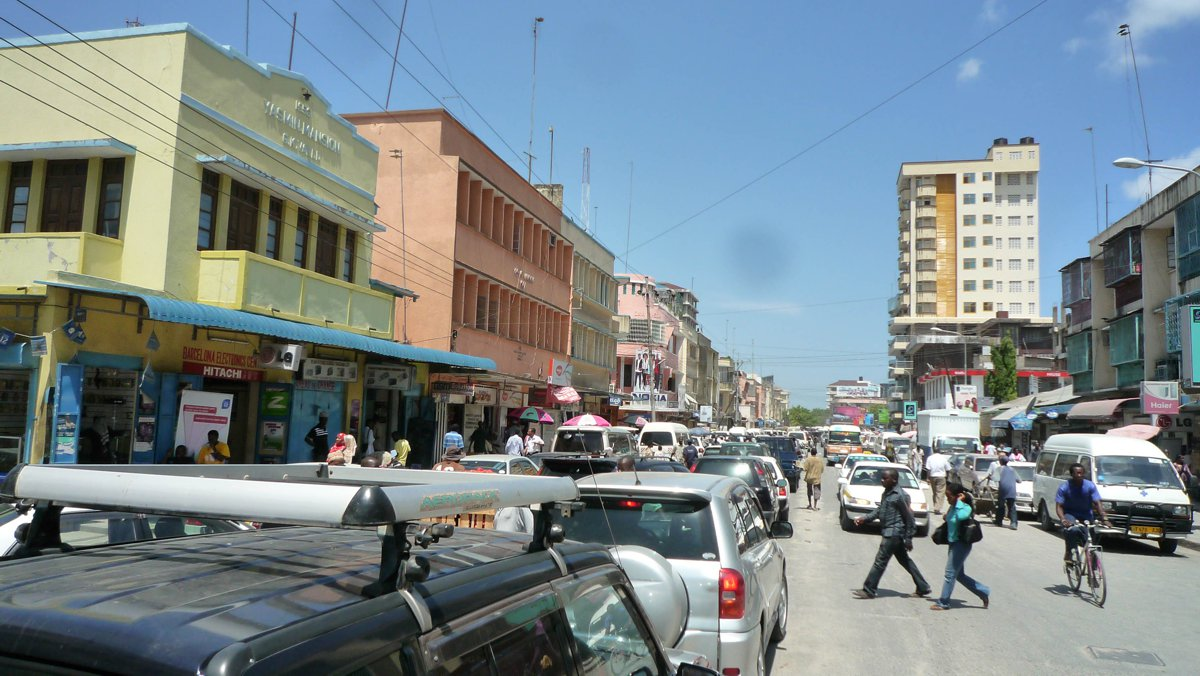 World Bank helping Tanzania to transform Dar es Salaam's road transport to reduce traffic