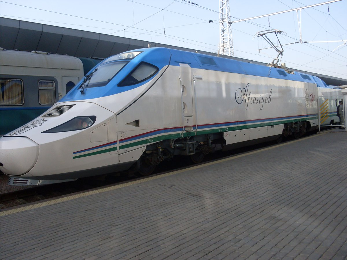 Asian Development Bank funds electrification of 140km railway in Uzbekistan