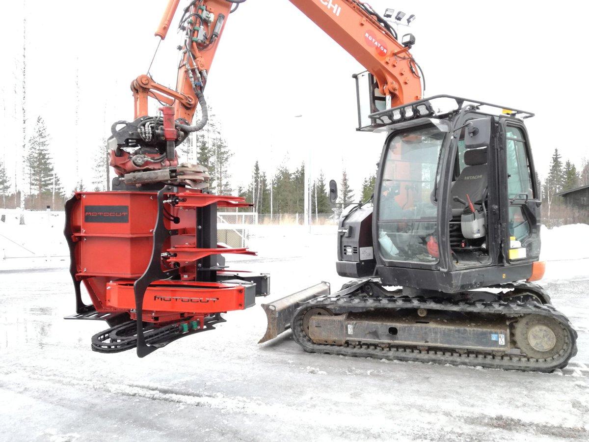 MotoCut introduces Plasma cutting attachment for excavatorsto mechanisepile cutting