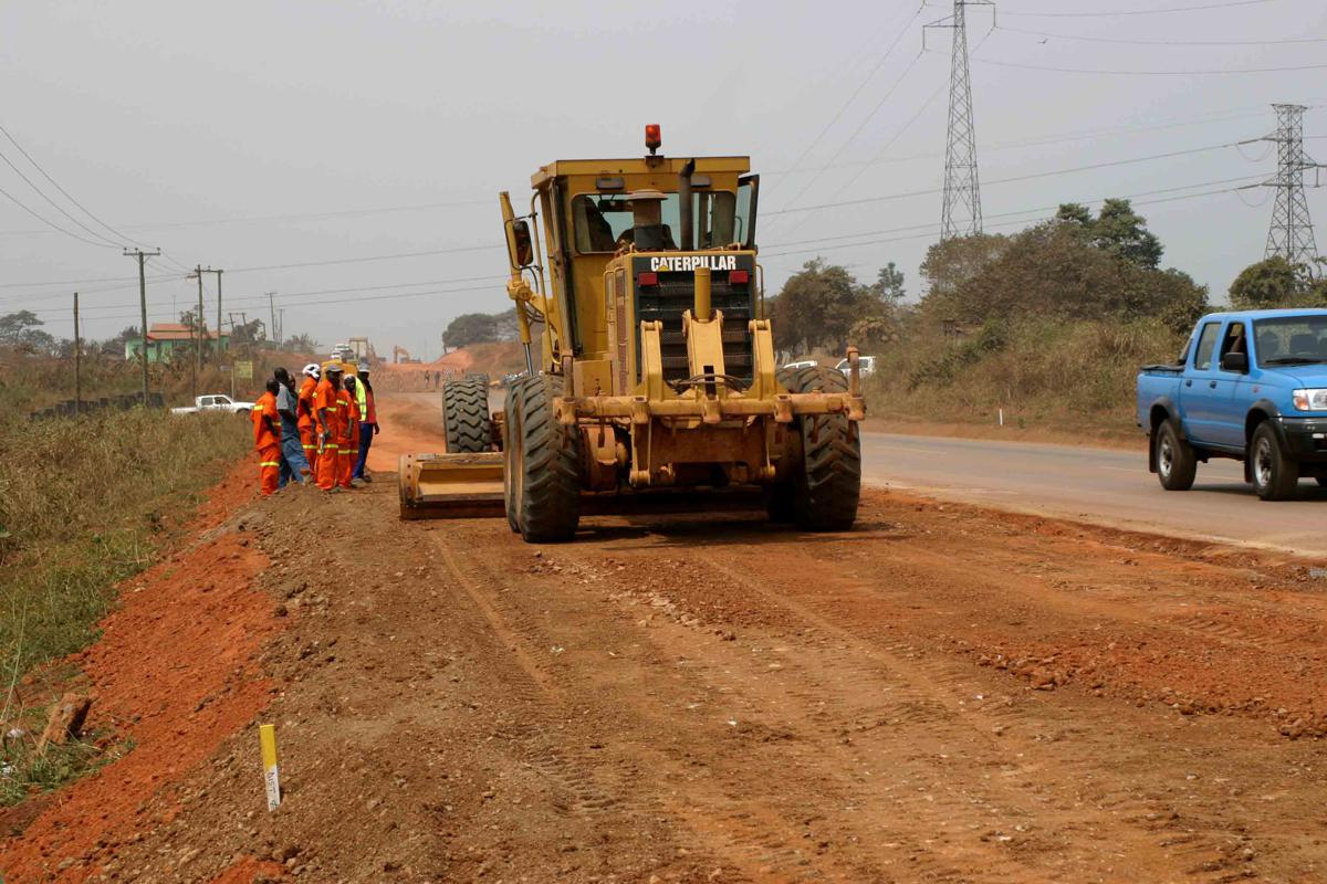 Uganda to Kenya town bypass roads project opens for bidding