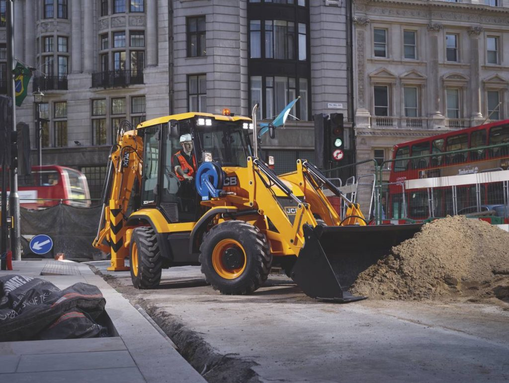 JCB introduces a high-flow loader option to boosts 3CX compact backhoe loader's versatility