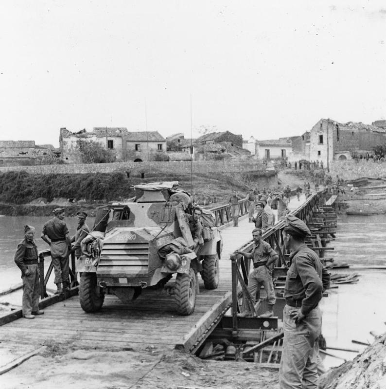 Bailey - Vehicle crossing a bailey bridge over the Volturno river at Gra...