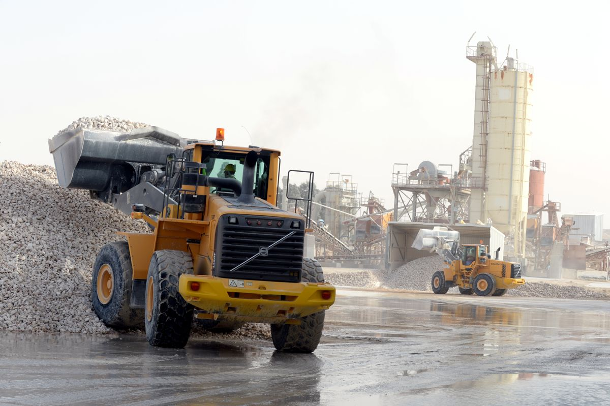 Volvo CE delivers productivity for family owned quarry in Saudi Arabia