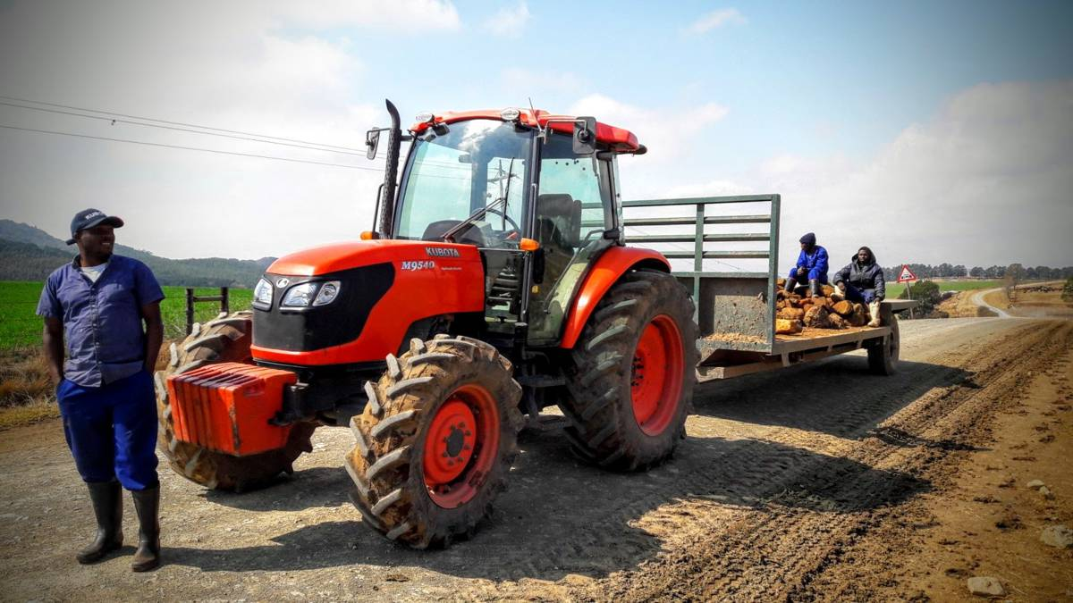 the importance of a cab on a tractor cannot be overstated, with the main areas of evaluation being safety, visibility, sound, climate control, control layout, operator space