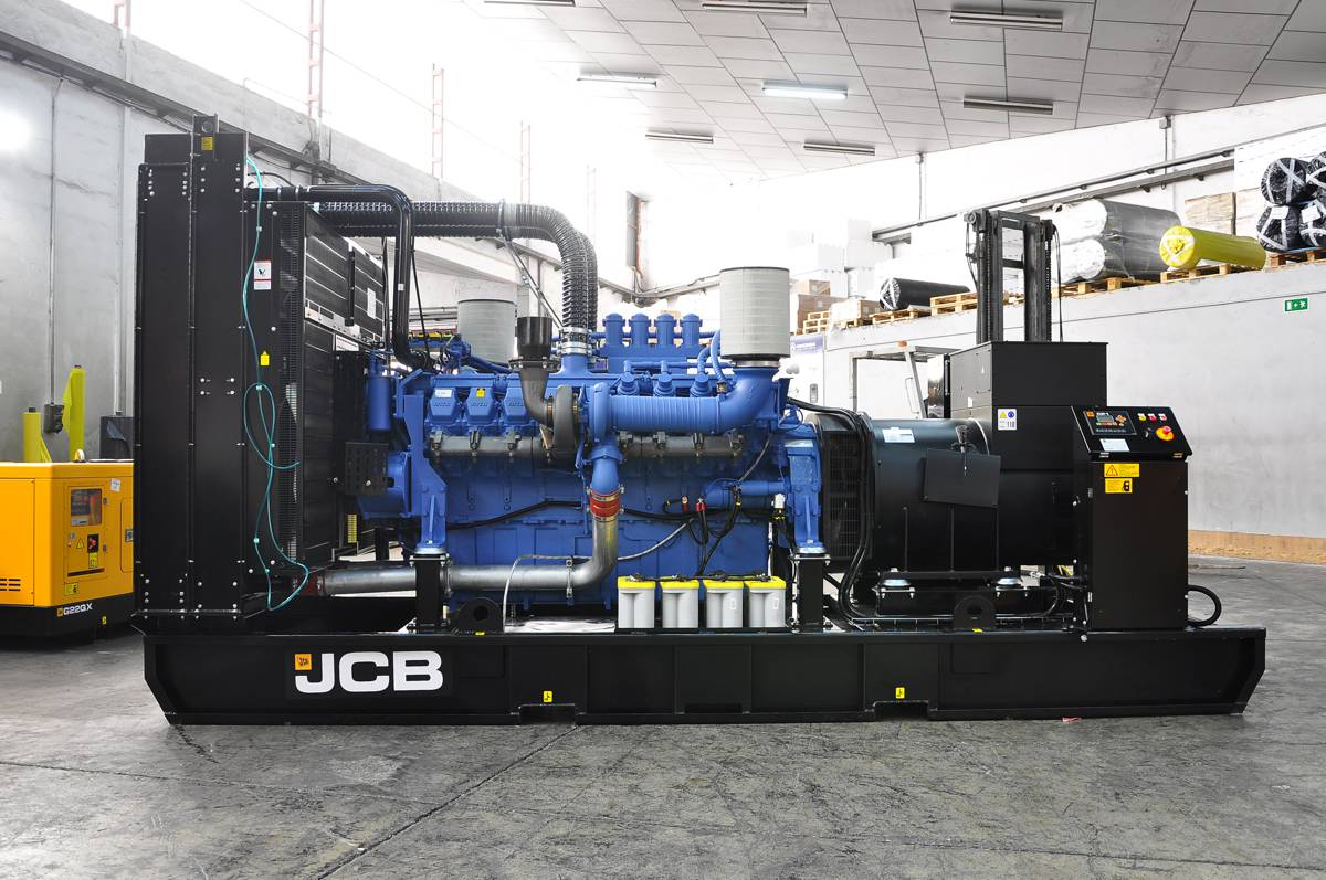 JCB Broadcrown is supplying One Bank Street with five JCB MTU generators - enough to power the equivalent of 5,000 homes.