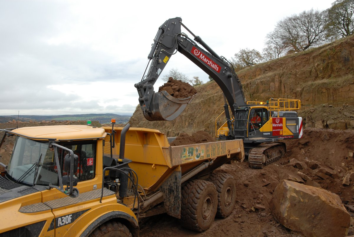 Marshalls relies on VolvoCE to pave the way for monumental work