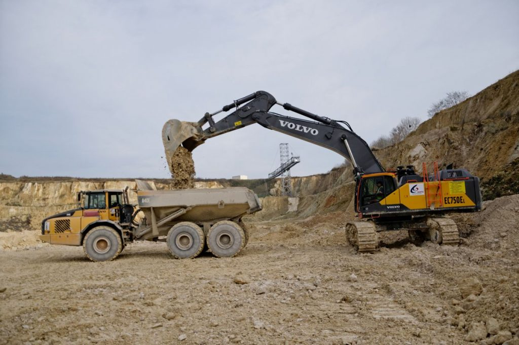 The Volvo EC750E has all the strength and durability expected from a Volvo excavator.