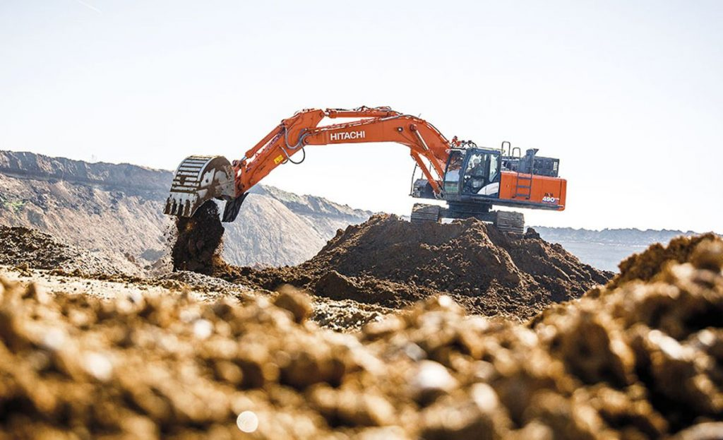 Hitachi ZX490LCH-6 excavator is ideal solution for Czech quarry