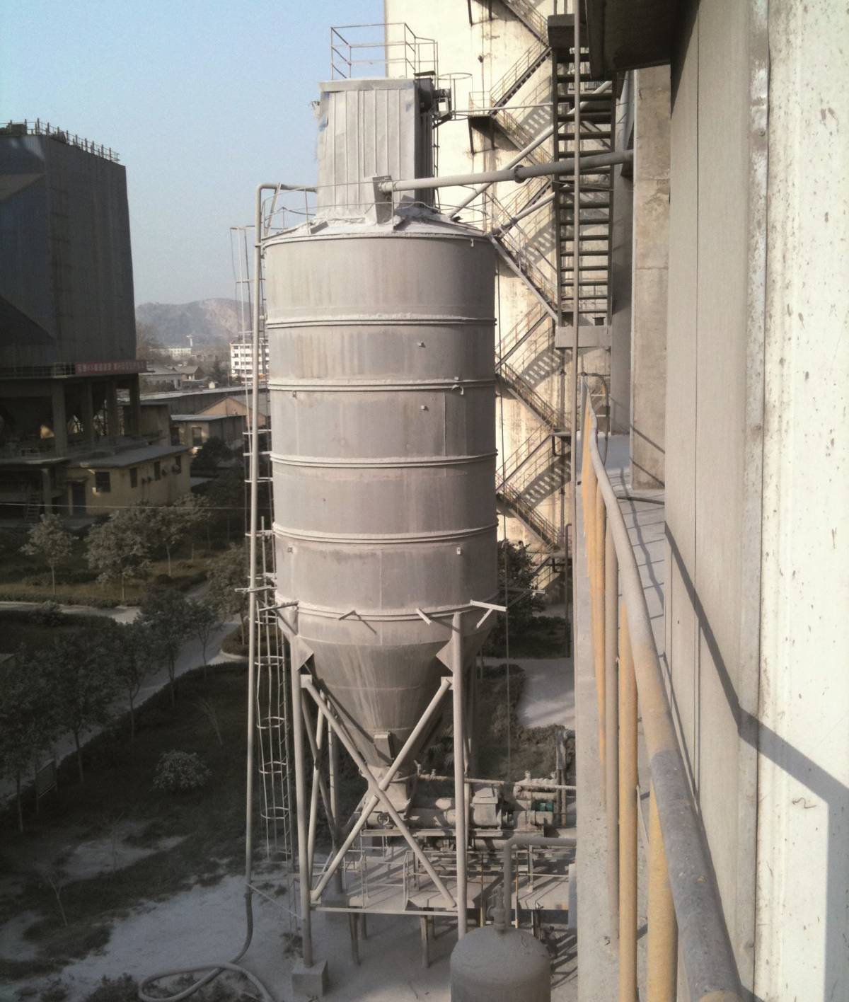Radar measurement technology brings accuracy and productivity to cement plants