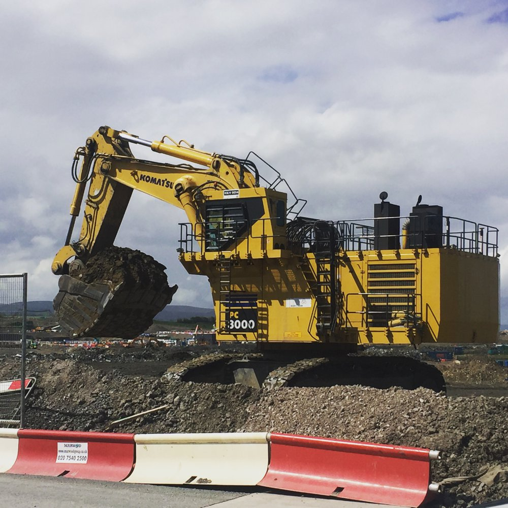 UK Plant Operators LTD  have teamed up with Leica Geosystems and Kier Bam to test run a state of the art simulator based familiarisation course for Leica machine control and guidance at one of the largest construction projects in the UK.