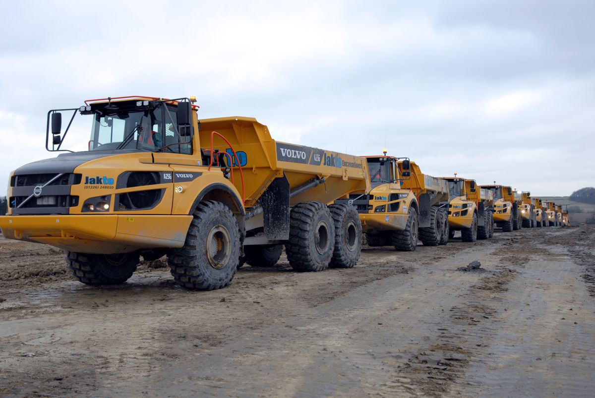 Volvo haulers keep on running at Jakto Excavations