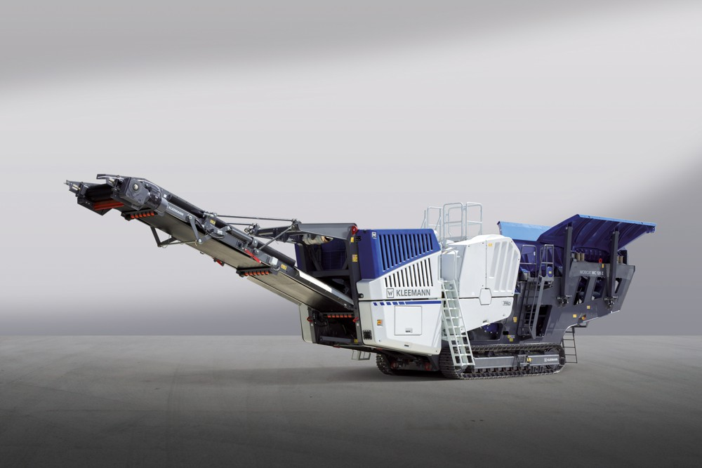 The new MOBICAT MC 120 Z PRO mobile jaw crusher is of highly durable design for use in quarrying operations and delivers high productivity