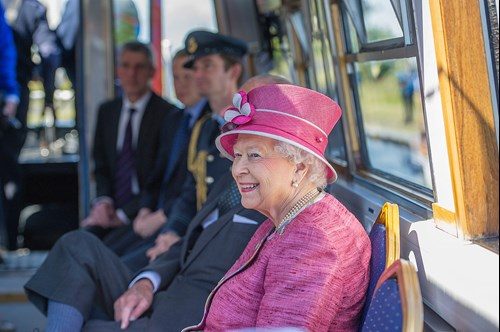 Balfour Beatty welcomes Her Majesty The Queen to the Queen Elizabeth II Canal