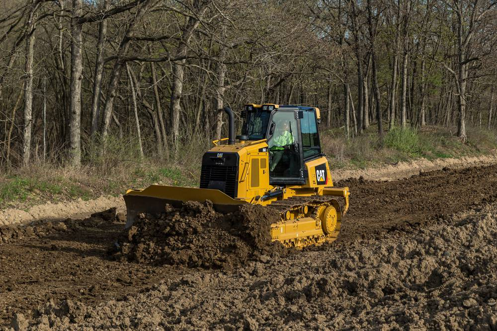 The D6K is optimized for grading, including an undercarriage design that provides fast, smooth finish grading capability.