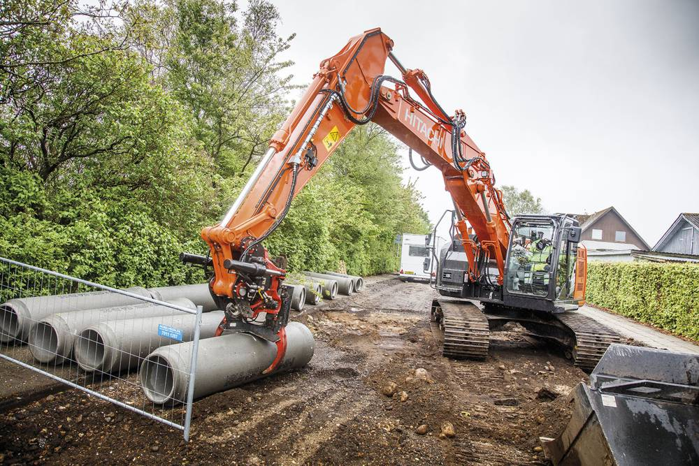 Danish rental company Gustav HC invests in reliable Hitachi Excavators