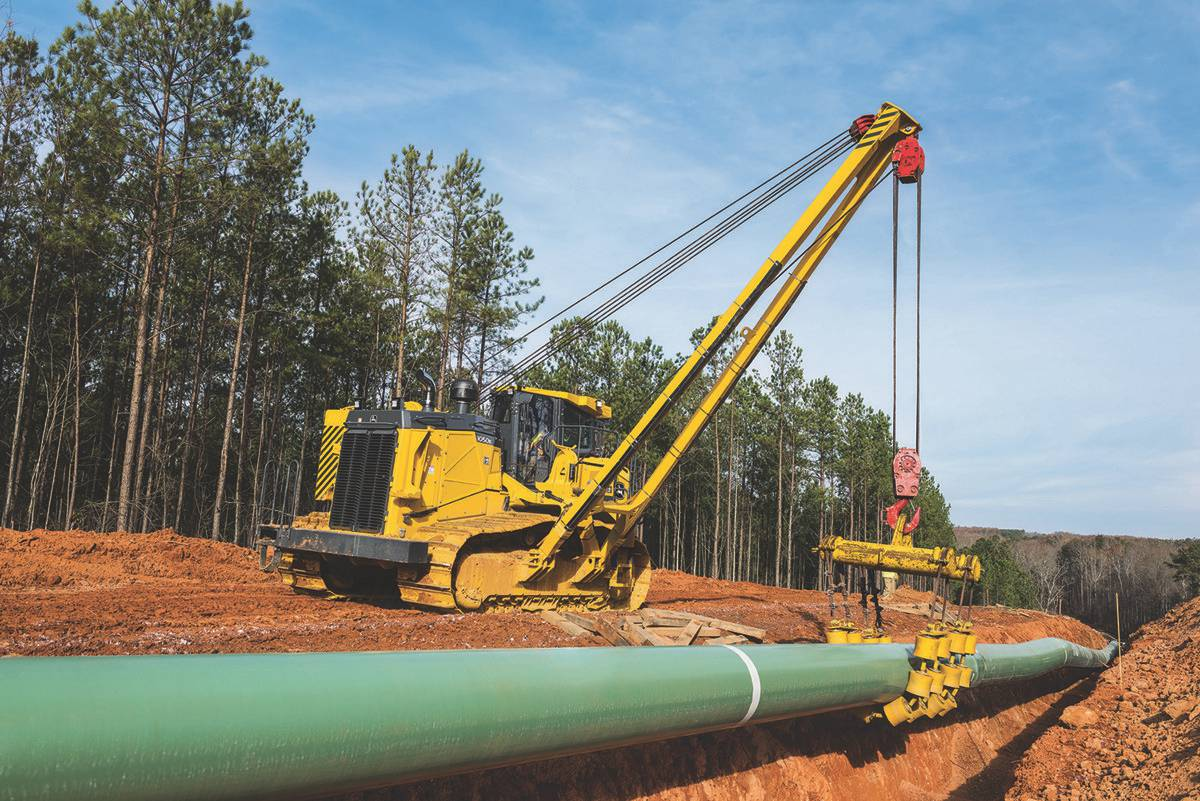 John Deere purpose built Pipelayer Crawlers place new options for the Pipeline Industry