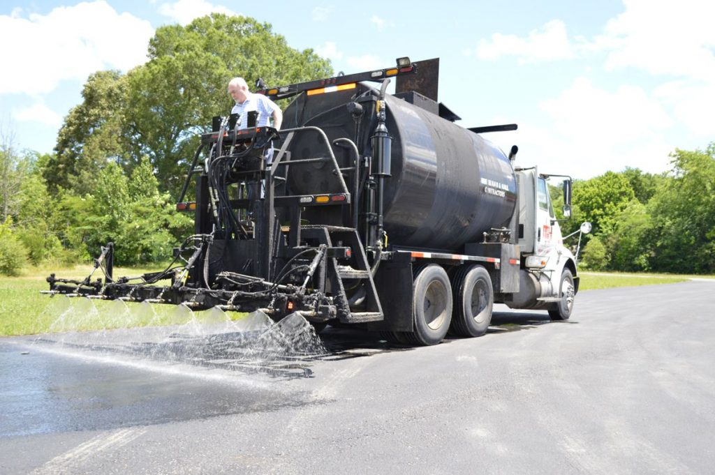 Neal introduces generation IV Sealcoating Pumps for asphalt trucks
