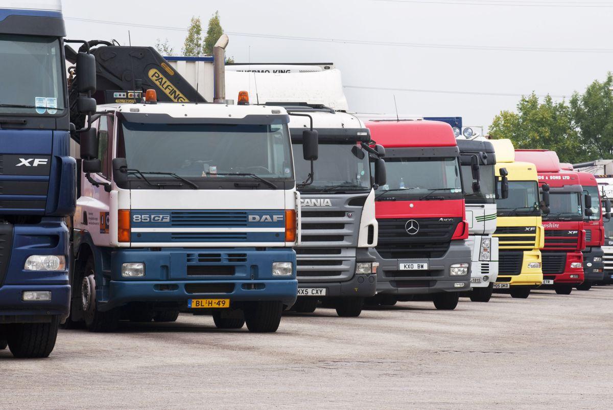 UK gives truck platooning trials the green light