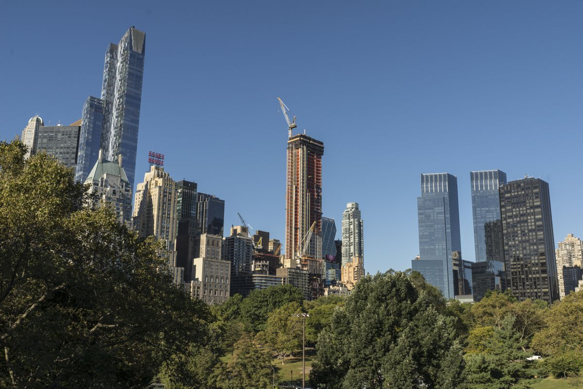 The Central Park Tower in New York is the world's tallest residential building. Soaring 472 metres high, it will offer stunning views over the city and environs.