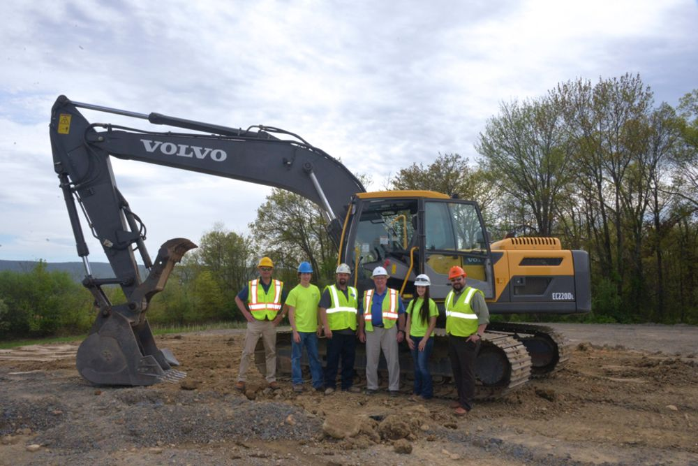 From left to right: Ryan Flood, vice president of Highway Equipment & Supply; Tyler Breon, student at Pennsylvania College of Technology; Ryan Peck, operator training program instructor at Pennsylvania College of Technology; Brian Hoffman, account representative at Highway Equipment & Supply; Makenzie Witmer, student; and Justin Beishline, assistant dean for the School of Transportation & Natural Resources Technologies at Pennsylvania College of Technology
