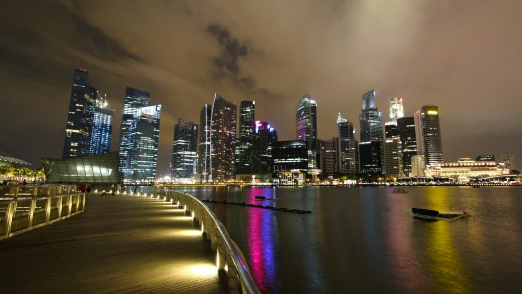 Singapore Skyline - Photo by Jan