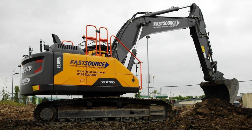 Fastsource Director, Keith Blasket, adds another Volvo excavator to his plant fleet