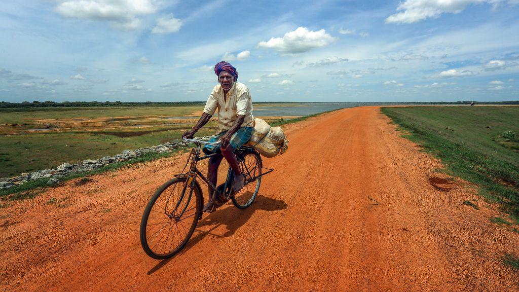 ADB provides US$900 Million financing to upgrade Sri Lanka's rural road network