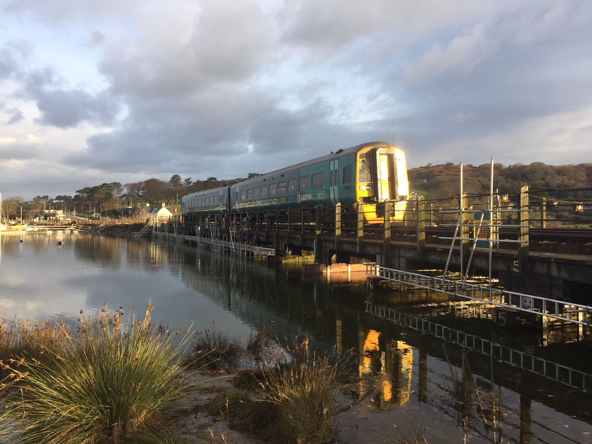 Mabey develops new bridge lifting technique for Network Rail