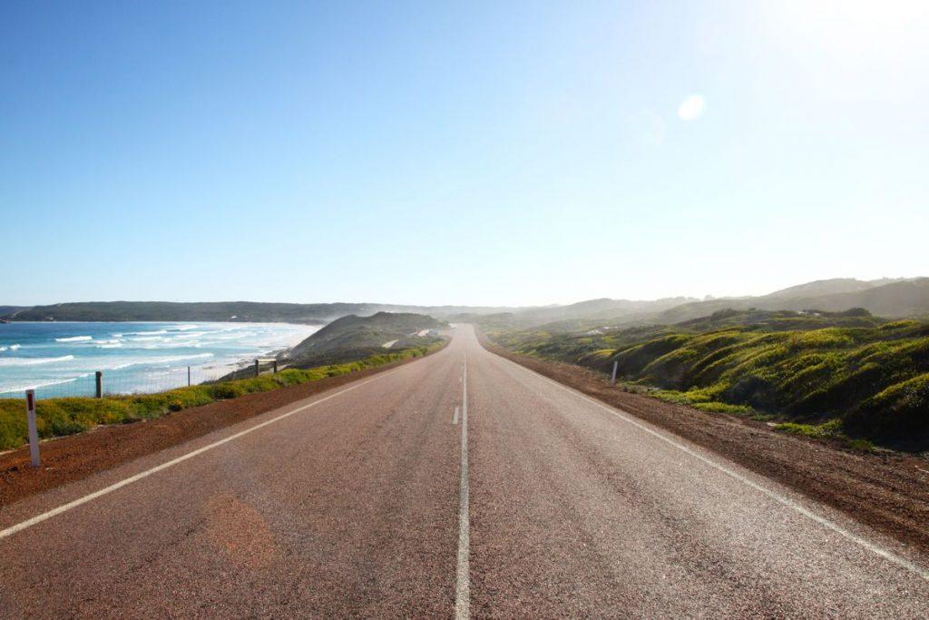 Great Ocean Drive Esperance - Photo by Larry W Lo