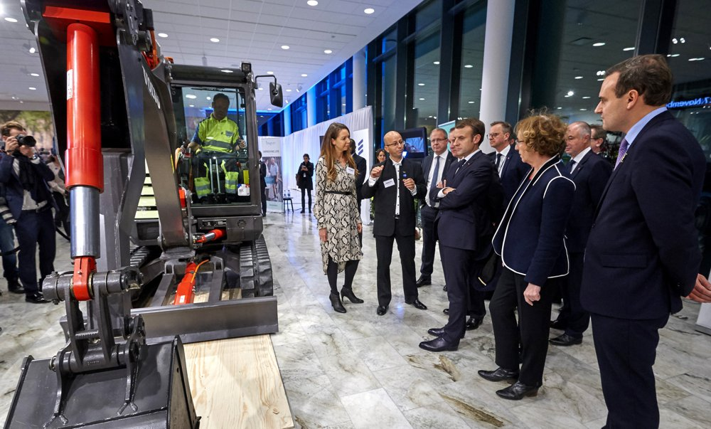 Swedish Prime Minister Stefan Löfven and French President Emmanuel Macron visited the Volvo Group headquarters where they saw some of the company's latest innovations – including the prototype, fully-electric EX2 compact excavator.