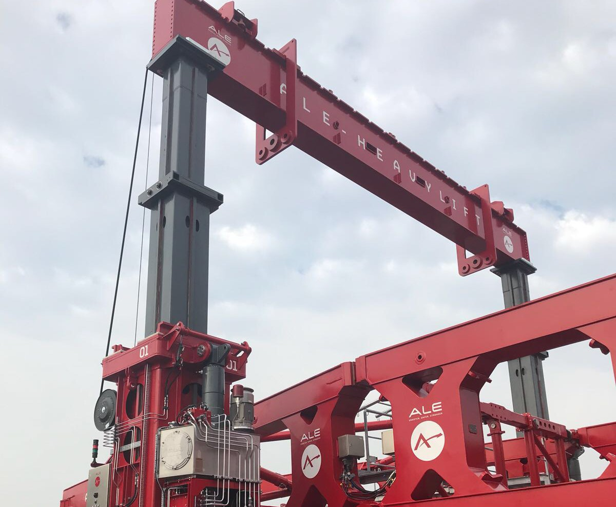 ALE Heavylift invests in new hydraulic gantry lift system