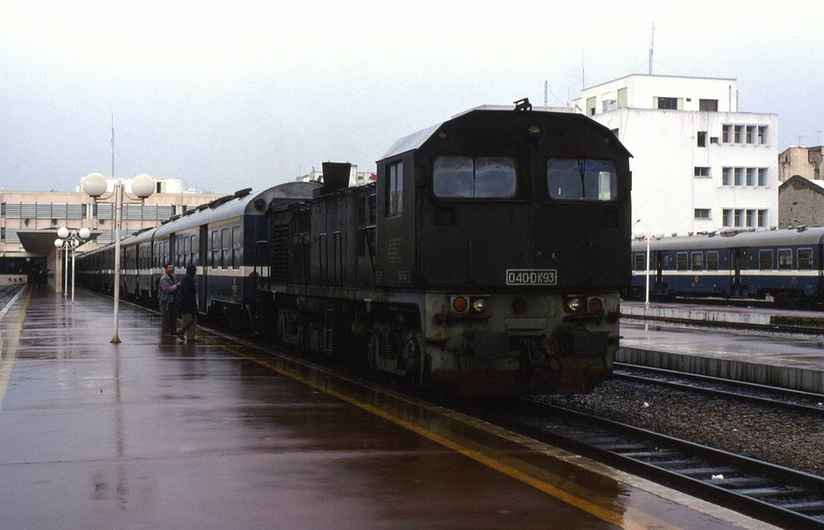 EIB finances new 17km suburban rapid transit system in Tunis