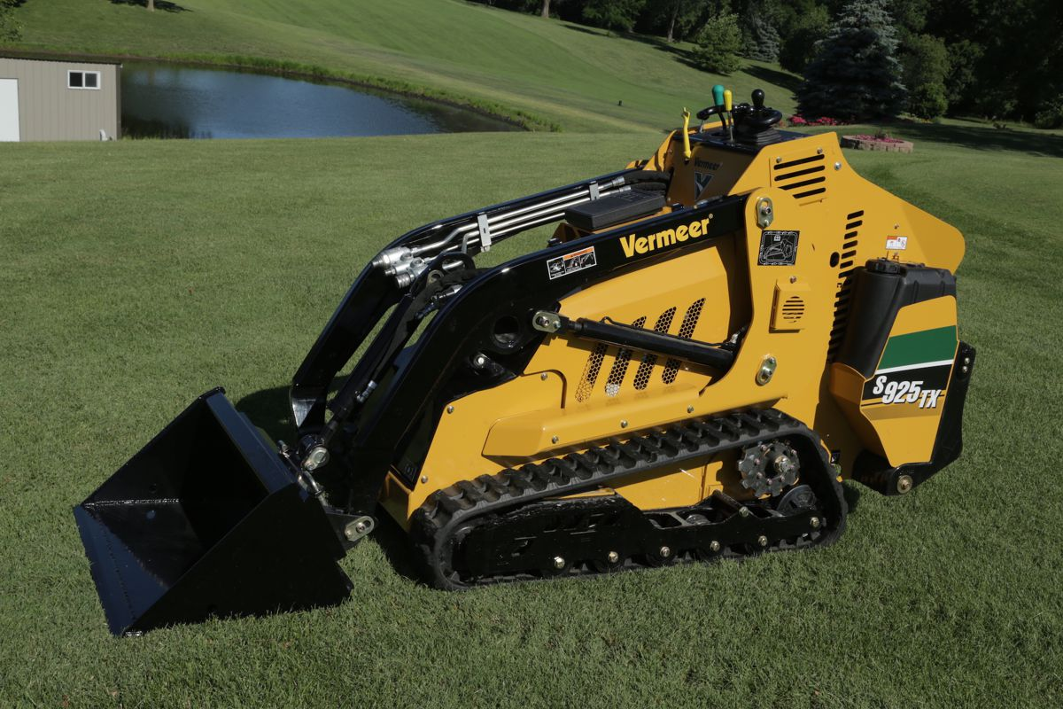 Mini Skid Steer : New vermeer s tx mini skid steer delivers outstanding