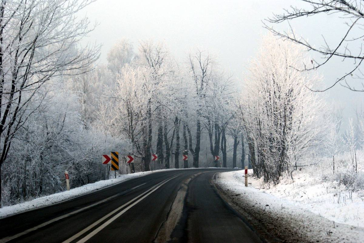 Severe UK winter predictions spell bad news for potholed roads