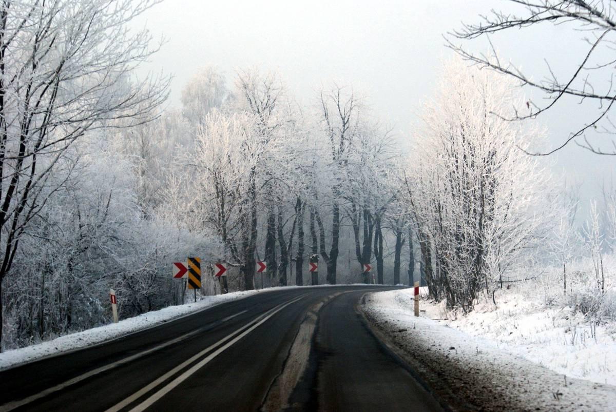 Severe UK winter predictions spell bad news for potholed roads