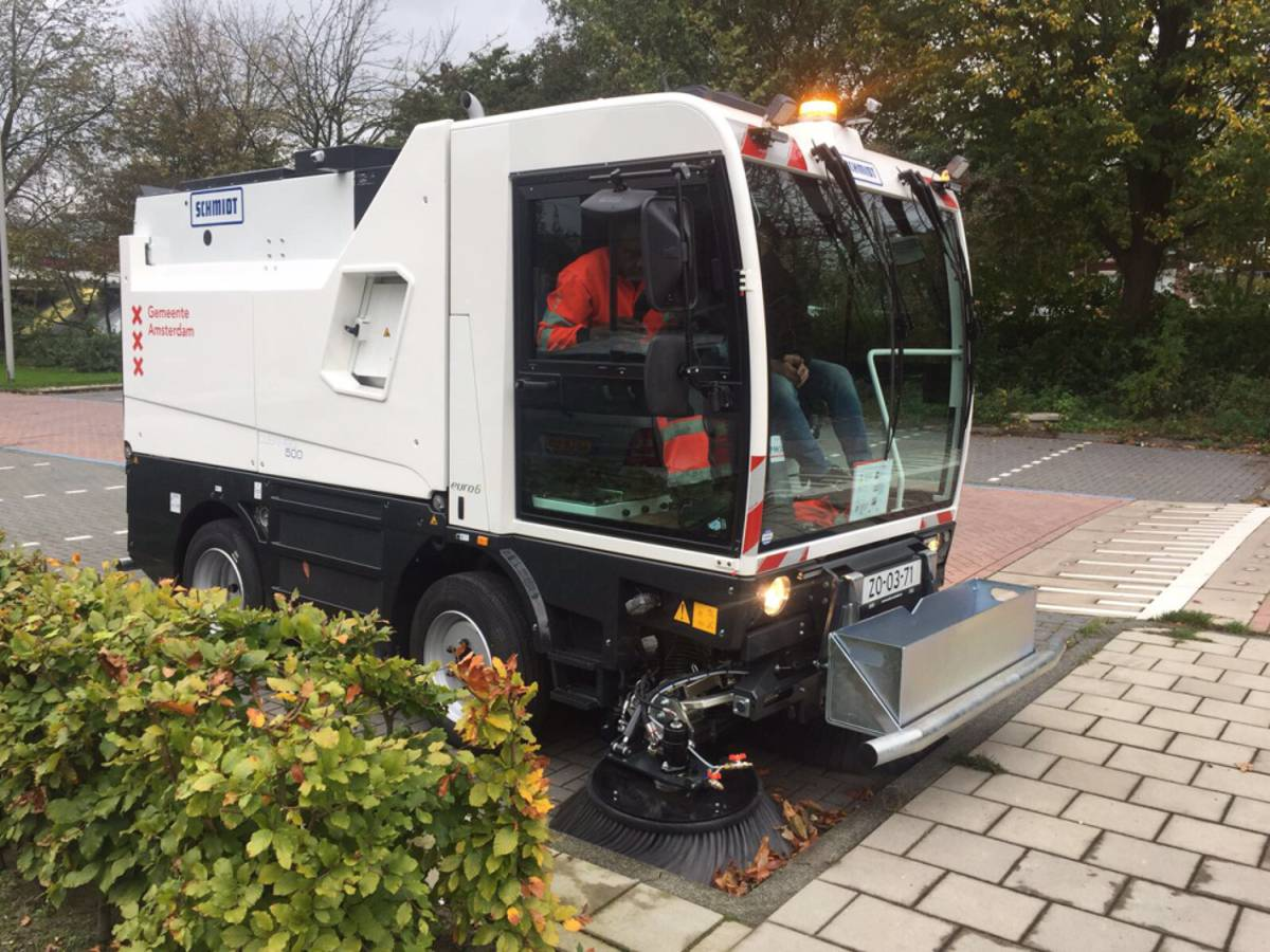 Amsterdam aims for smart city status with help from Schmidt sweeping technology