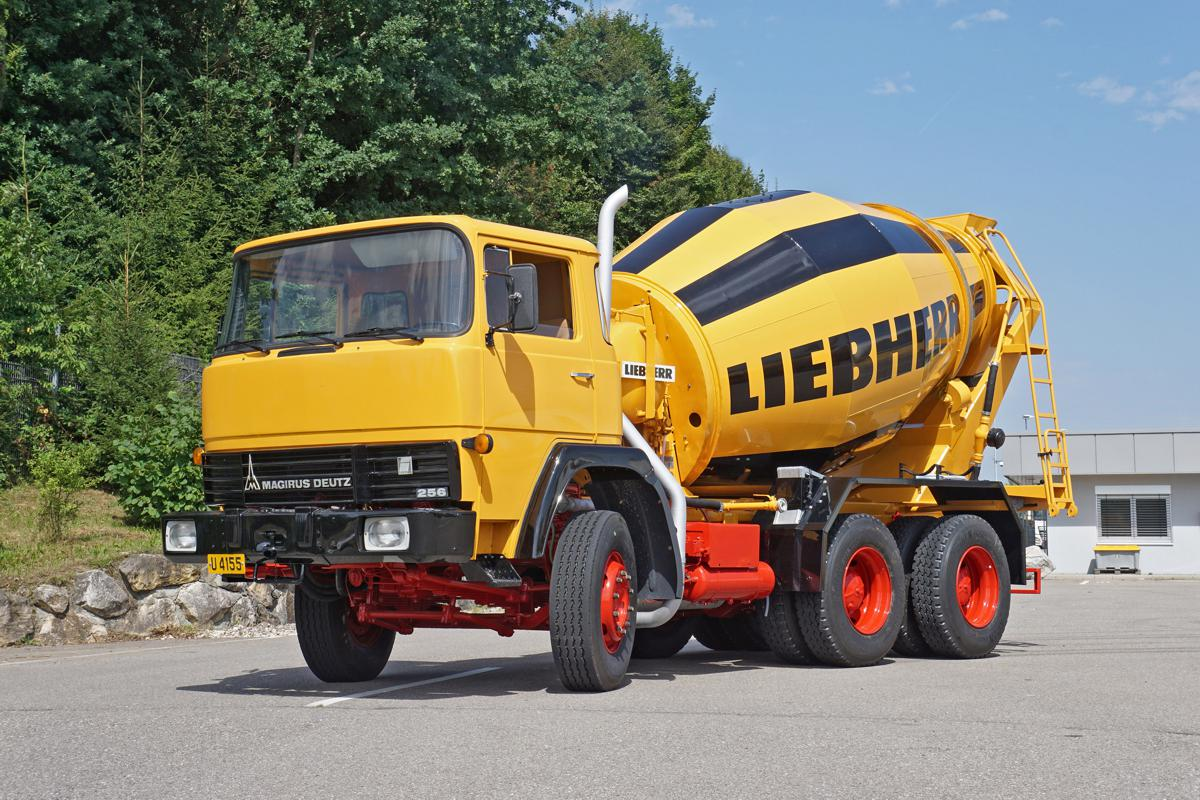 Restored HTM 702 from 1977 on a Magirus chassis