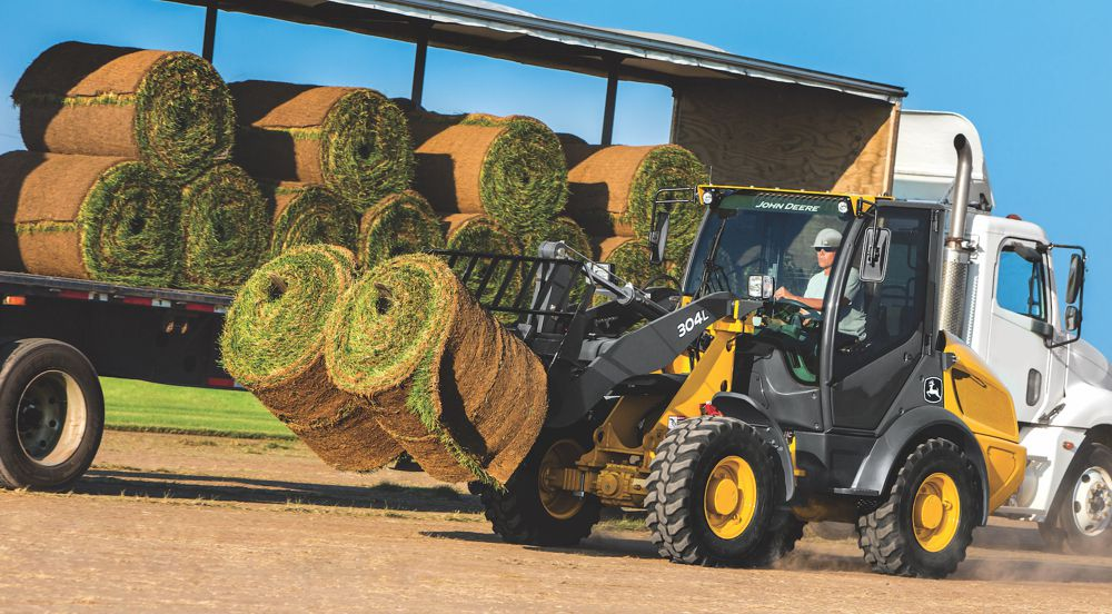Built for construction contractors, landscapers and rental center operators, the new John Deere 204L and 304L compact wheel loader deliver higher productivity, increased uptime and lower daily operating costs.