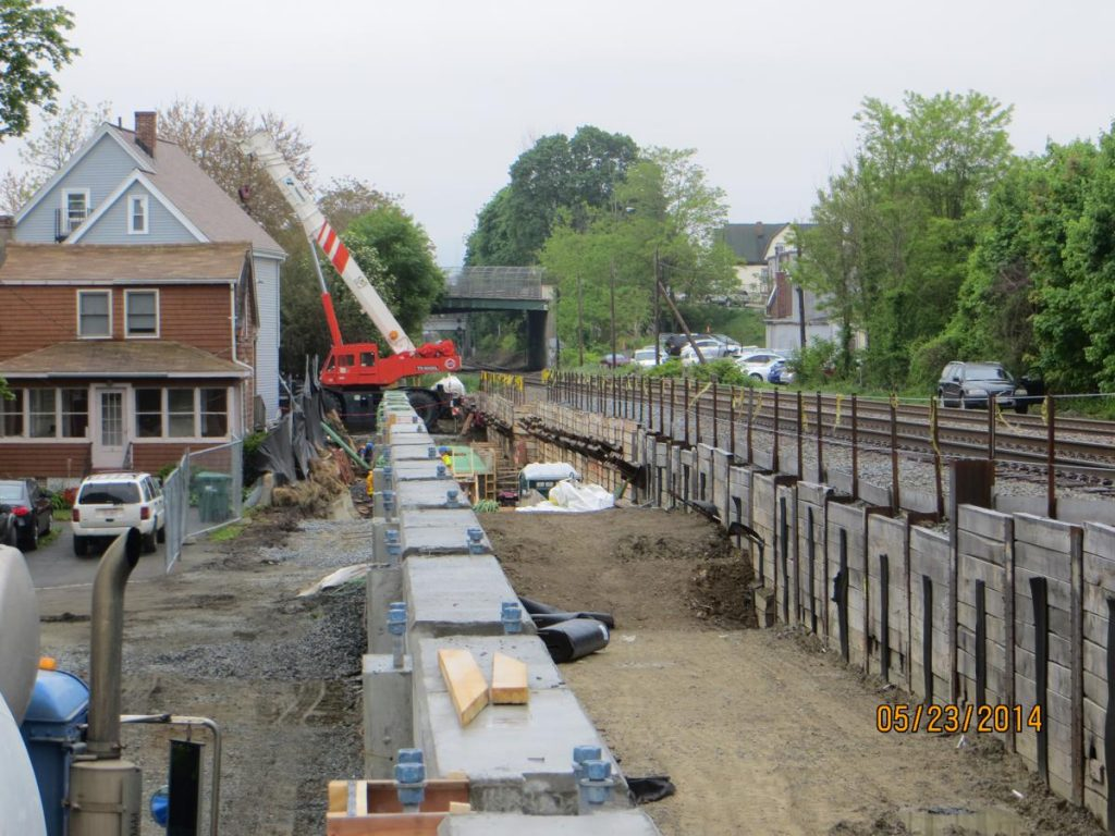 Retaining Wall Noise Barrier Haunch Placement Progress South of Harvard Street Bridge (Medford) looking South - Photo by MassDOT