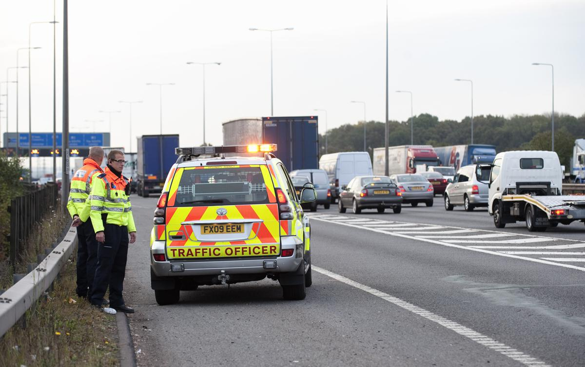 Inrix predicts over 20 million vehicles will hit UK roads this Christmas causing 4 hour delays