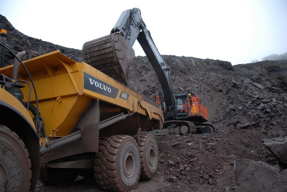 John Wainwright's Volvo EC750E Excavator a solid performer