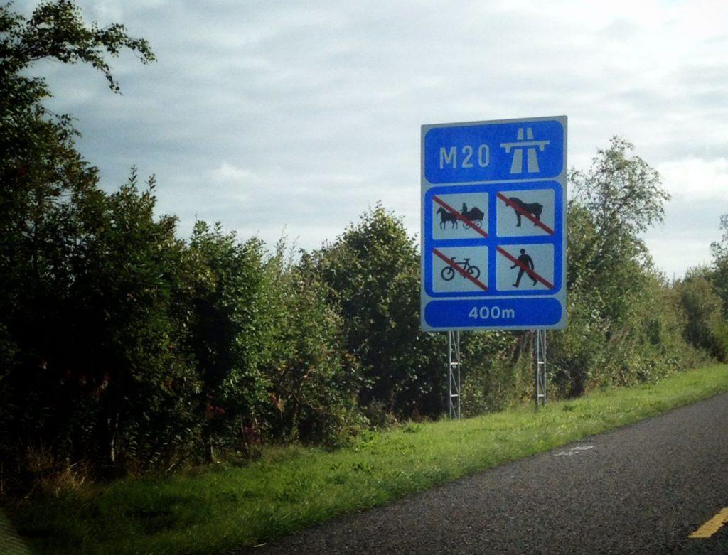 Irish Motorway Sign - Photo by Bine Rodenberger
