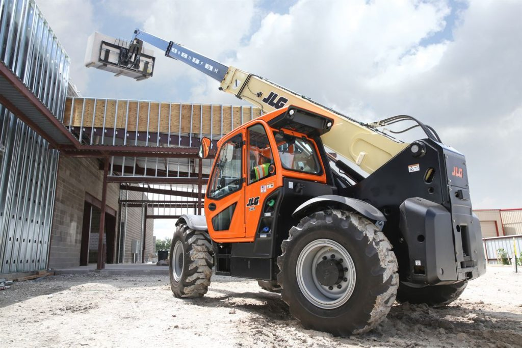 SkyTrak 8042 telehandler and the JLG 400S telescopic boom lift